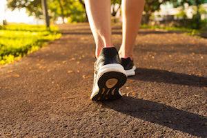 запор, занимающийся физической активностью